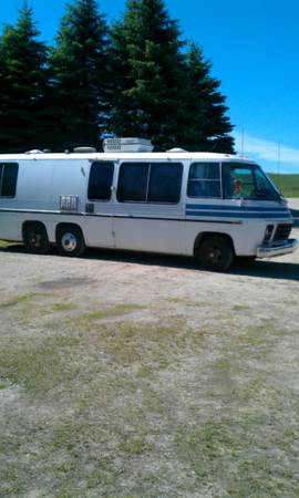 1973 GMC 26FT Motorhome For Sale in Northern Michigan