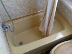 1976_marlow-ok_bathroom
