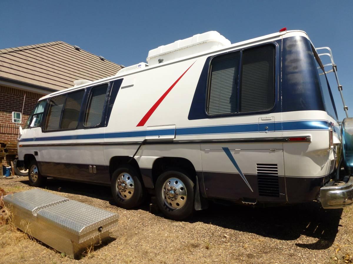 1976 GMC Glenbrook Motorhome For Sale in Castle Rock, Colorado