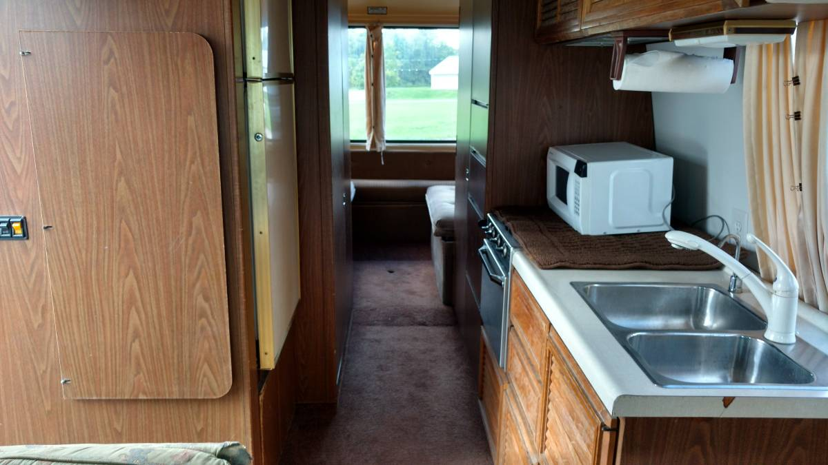 1977 GMC Kingsley 26FT Motorhome For Sale in Mansfield, Ohio