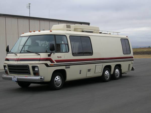 Unique Era, Winnebago RV The Original Luxury Touring Coach Holds A MercedesBenz&174 Diesel Engine Designed With The Power And Torque You Need For Your Next Great Adventure Continuous Track Lighting, New Cabinetry 70M, And A Fresh Galley